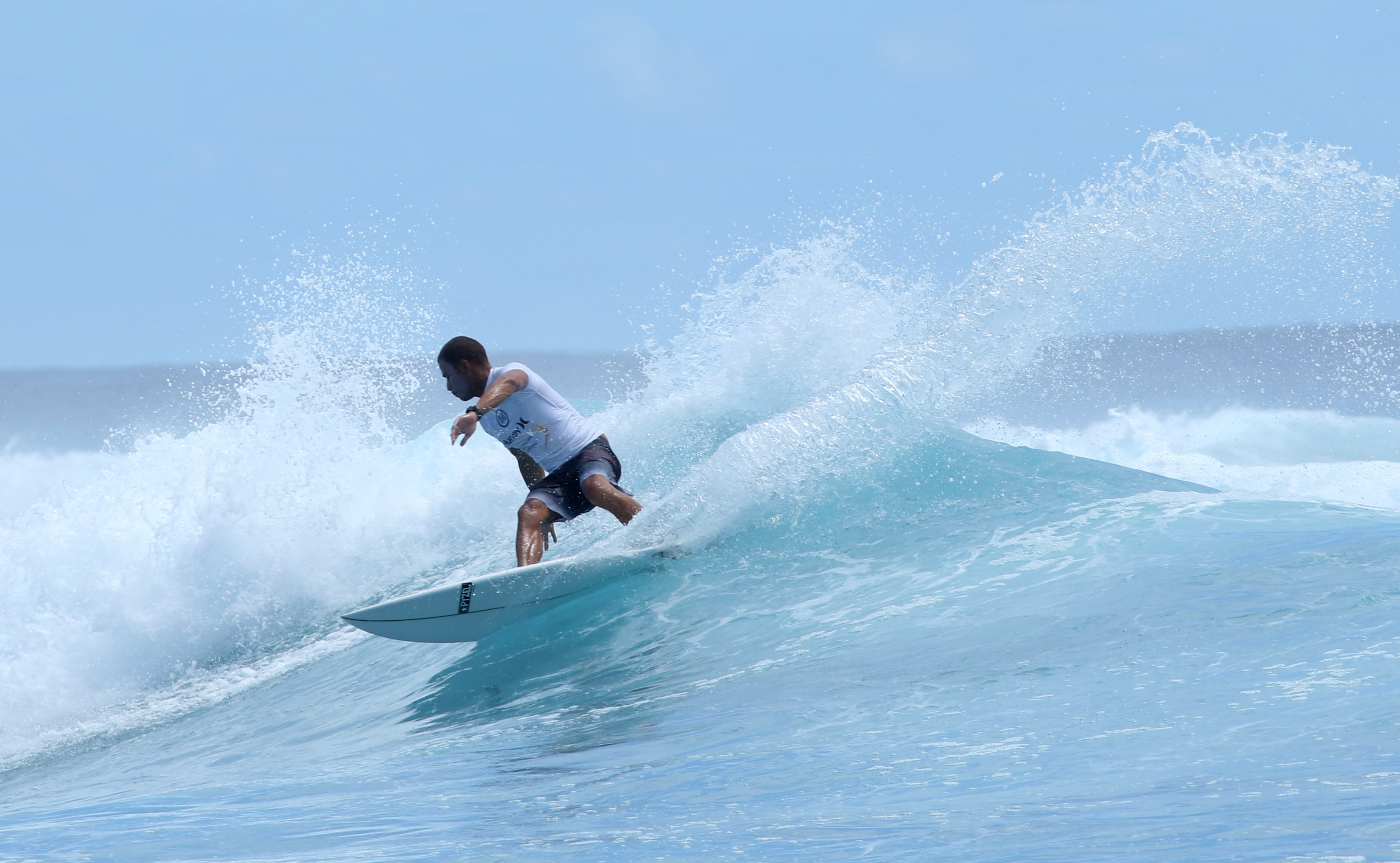 Winner - Tevita Gukilau milking a smaller wave
